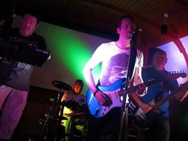 St Agnes Hotel first gig